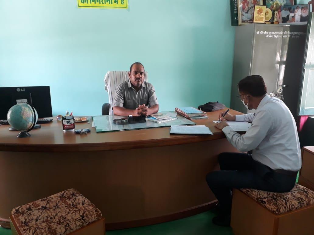 राजस्थान स्कूल परिषद जयुपर के उपनिदेशक ने किया शोभासर के राजकीय विद्यालय का निरीक्षण