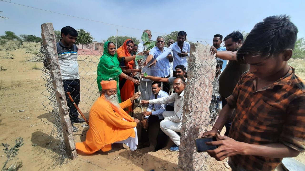 लालगढ़, जोगलसर, कातर, नोडिया सहित विभिन्न गांवों मंे भाजपा नेताओं ने किये कार्यक्रम