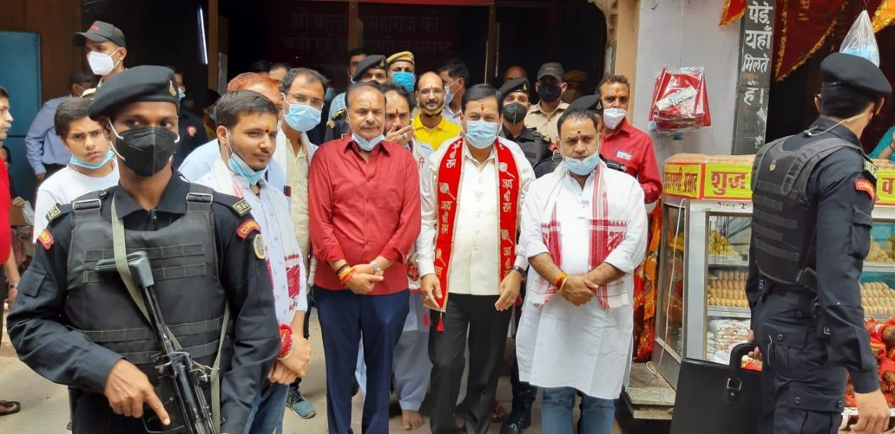 देश के सभी लोग खुशहाल रहे और स्वस्थ रहे यही बालाजी महाराज से प्रार्थना करते हैं - सर्वानंद सोनोवाल